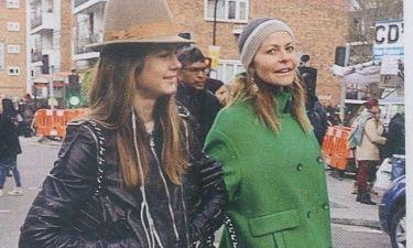 Τζένη Μπαλατσινού: Στο Λονδίνο με τις κόρες της