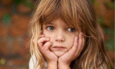 Το συγκινητικό γράμμα μίας μαμάς για το bullying που δέχεται η κόρη της: «Αγαπητά παιδιά που εκφοβίζετε το παιδί μου...»