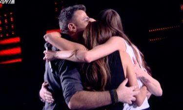 Το χειροκρότημα και η αγκαλιά σε παίκτρια που είχαν κόψει στο περσινό «Voice»