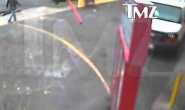Βίντεο σοκ: Διάσημος παραγωγός σκοτώνει και εγκαταλείπει πεζό με το αυτοκίνητο του