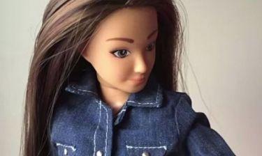Αυτή είναι η κούκλα-ανταγωνίστρια της Barbie που θέλουν τα παιδιά (βίντεο)