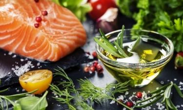 Καρκίνος παχέος εντέρου: Το διατροφικό πρόγραμμα που μειώνει τον κίνδυνο