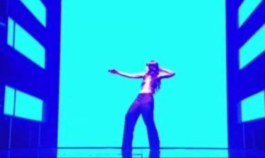 Η γυμνή εμφάνιση στην σκηνή της Σουηδής νικήτριας της Eurovision