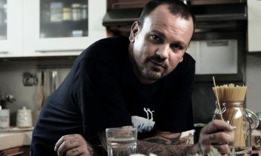 Σκαρμούτσος: «Δεν θα γινόμουν ξαφνικά στα 40 μου γκόμενος ή sex symbol»