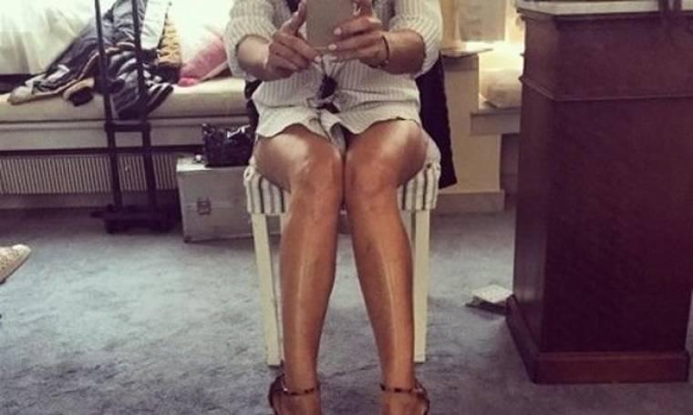 Η σέξι, selfie φωτογραφία της Ελληνίδας τραγουδίστριας