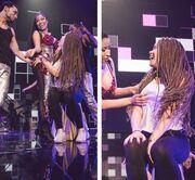 Χούφτωσαν on stage διάσημη τραγουδίστρια