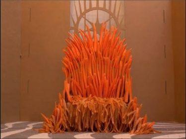 Ένας θρόνος από καρότα. Δείτε τι έφτιαξε ο άνθρωπος (video)