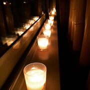 Υπό των φως των κεριών πέρασε το βράδυ του Σαββάτου της η…