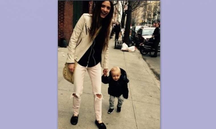 Σοφία Καρβέλα: Βόλτες με τον Νινίκο της!
