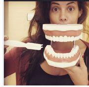 Η Μαρία Κορινθίου στον οδοντογιατρό!