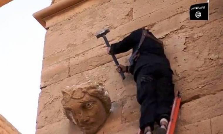 Νέο βίντεο με βανδαλισμούς των τζιχαντιστών (video)