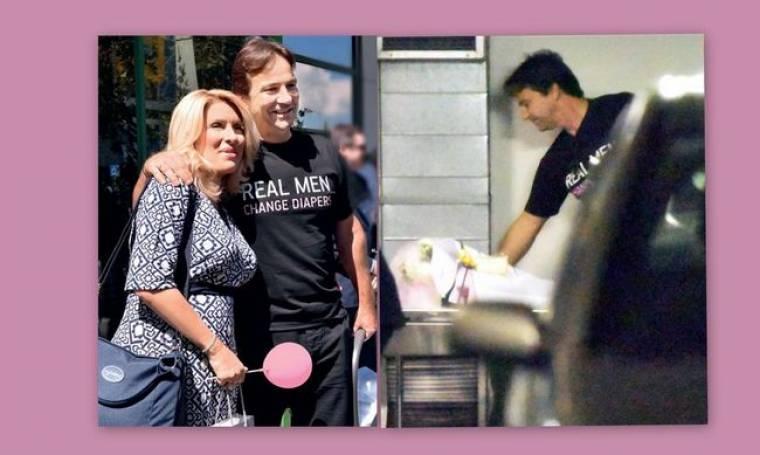 Nέες φωτογραφίες από την έξοδο της Ελένης από το μαιευτήριο