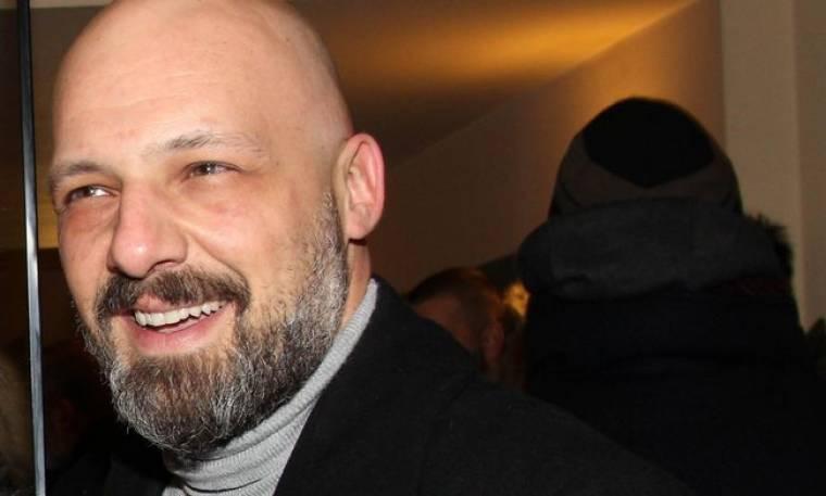Νίκος Μουτσινάς: «Έχω αισθανθεί ότι έχω αγαπήσει, έχω κλάψει, έχω κάνει όλα αυτά που γίνονται στις αμερικάνικες ταινίες»
