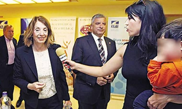 Ελένη Λαζάρου: Η μητέρα-δημοσιογράφος που συγκίνησε