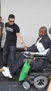 Πασίγνωστος ηθοποιός του Χόλυγουντ έδωσε σε άστεγο 100 δολάρια