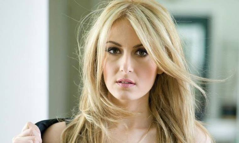 Eurovision 2015: Κράξιμο στην Μαρία Έλενα Κυριάκου για το βιογραφικό της στην Eurovision