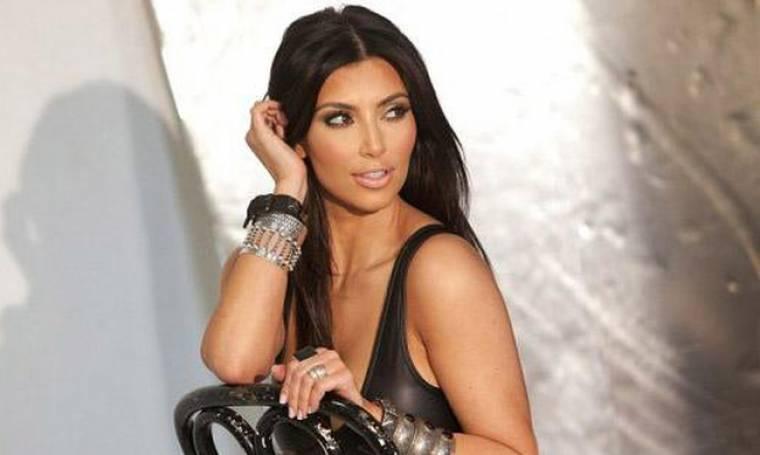 Δείτε την! Η Kim Kardashian «ξαναχτυπά» με γυμνή selfie