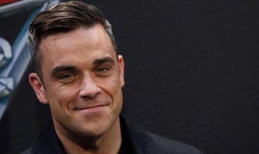 Έξαλλος ο Robbie Williams με τον μανατζέρ του