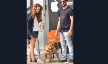Φουρέιρα-Λυκούδης: Βόλτα στην Γλυφάδα με τον σκύλο τους
