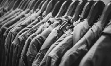 Οι κίνδυνοι που κρύβουν τα… καινούργια ρούχα