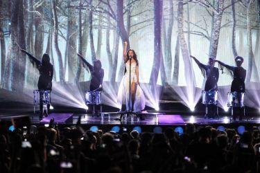 Eurovision 2015: Το αισιόδοξο μήνυμα της Ελβετίας