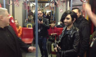 Eurovision 2015: Η Conchita πήγε με το μετρό στο στάδιο που θα γίνει ο διαγωνισμός