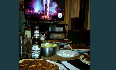 Eurovision 2015: Ποια τραγουδίστρια παρακολουθεί τον διαγωνισμό με τις φίλες της;