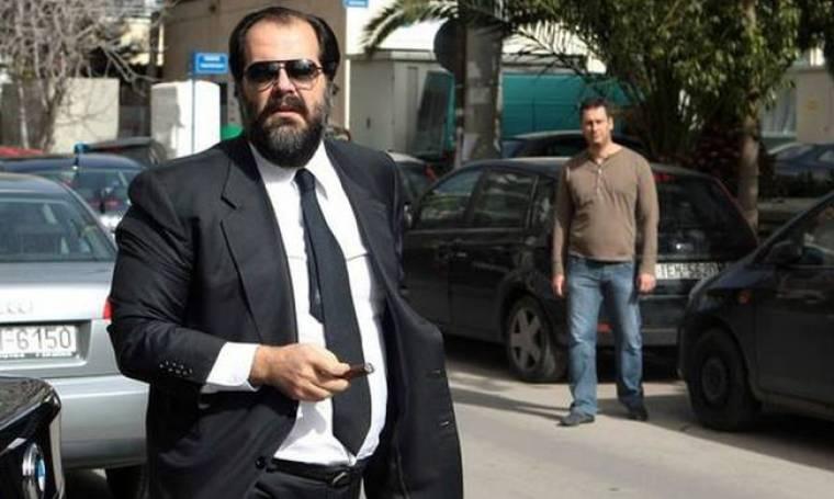Κατηγορούμενοι για κακούργημα ο Νικόλας Πατέρας και παράγοντες της εκκλησίας