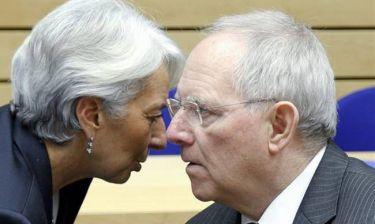 Ωμός εκβιασμός από τους δανειστές: Μην τολμήσετε να «μπλοφάρετε» με τη δόση στο ΔΝΤ