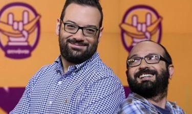 Μάνος Βουλαρινός: «Η δυσκολία του επαγγέλματος του παρουσιαστή ειδήσεων είναι να μη γελάει»