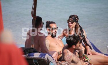 Στην παραλία με τον σύντροφό της η Ελίνα Καντζά