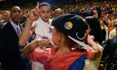 «Μπαμπά, νίκησέ τον!»: Η κόρη του Curry έβγαλε νοκ άουτ τον LeBron! (videos)