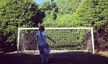Η κόρη του Μπέκαμ μαθαίνει… μπάλα