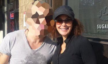 Ποιος Έλληνας έτρωγε χθες με την Terri Hatcher στο L. A.;
