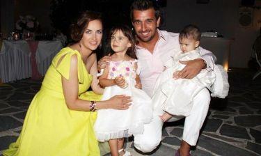 Θάνος Πετρέλης: «Είμαστε πολύ ευτυχισμένοι για το τρίτο παιδί»