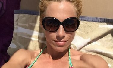 Ντορέττα Παπαδημητρίου: Ηλιοθεραπεία και…selfie!