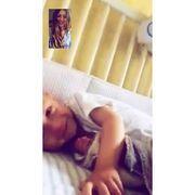 Καρβέλα: Δείτε τη να συνομιλεί με τον γιο της μέσω…skype