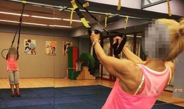 Ελληνίδα παρουσιάστρια «λιώνει» στα γυμναστήρια