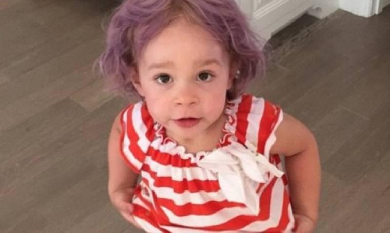 Η γλυκιά αυτή πιτσιρίκα έκανε το ίντερνετ άνω-κάτω: Μαντεύετε γιατί;