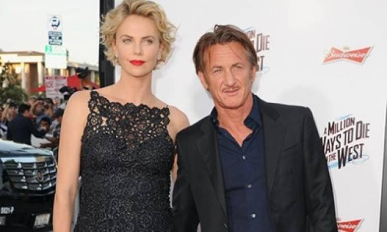 Η πρώτη εμφάνιση του Sean Penn μετά το χωρισμό: Με ποια βόλταρε στο Los Angeles;
