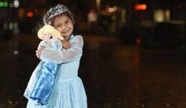 «Δεν μπορείς να είσαι πριγκίπισσα γιατί είσαι μαύρη»-Η ρατσιστική επίθεση σε 3χρονη που συγκλονίζει