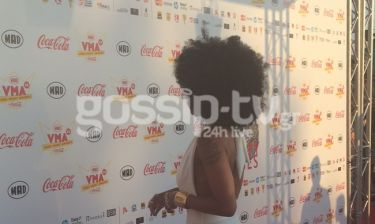 MAD VMA 2015: Χωράει αυτό το μαλλί στο στάδιο;