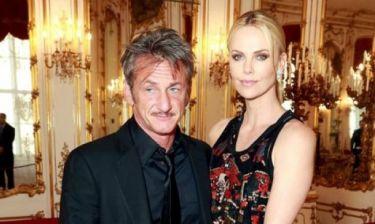 Ε όχι: Λίγες μέρες μετά το χωρισμό, ο Sean Penn με νέα διάσημη αγαπημένη στο πλευρό του