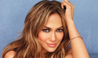 Jennifer Lopez: «Δεν με φοβίζει να εκθέτω τις εμπειρίες μου και τα μαθήματα που πήρα»