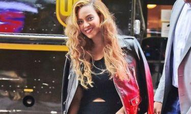 Aπό πότε η Beyoncé έγινε κομπλεξική; Δείτε τις φωτογραφίες και θα καταλάβετε
