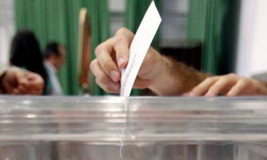 Δημοψήφισμα 2015 – Ντέρμπι για το αποτέλεσμα δείχνει νέα δημοσκόπηση