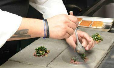 Δεν πάει το μυαλό σας σε ποιον νικητή Ελληνικού ριάλιτι υποκλίνεται το Μονακό για την κουζίνα του