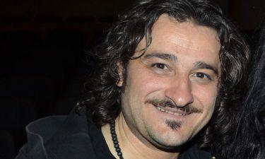 Βασίλης Χαραλαμπόπουλος: «Έχω μια αληθινή προσωπική ζωή και είμαι ευτυχισμένος κι εκτός θεάτρου»