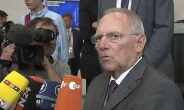 Eurogroup - Σόιμπλε: Σεβόμαστε το δημοψήφισμα – Περιμένουμε προτάσεις από την Ελλάδα