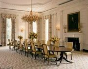 Michelle Obama: Η ανακαίνιση της τραπεζαρίας κόστισε 500.000 ευρώ